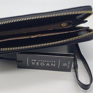La Terre Bags - Croc Embossed Wallet, Clutch, Wristlet